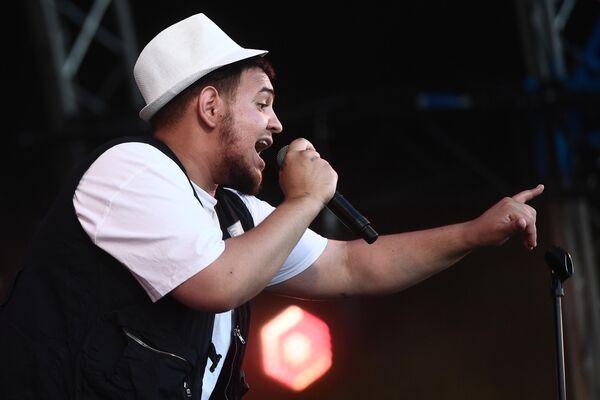 Рэпер Петр Громов (ЦГП) выступает на фестивале Rap Koktebel в Крыму