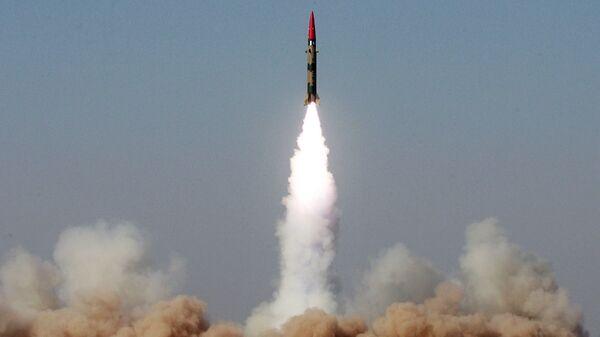 Испытания баллистической ракеты Газнави, Пакистан