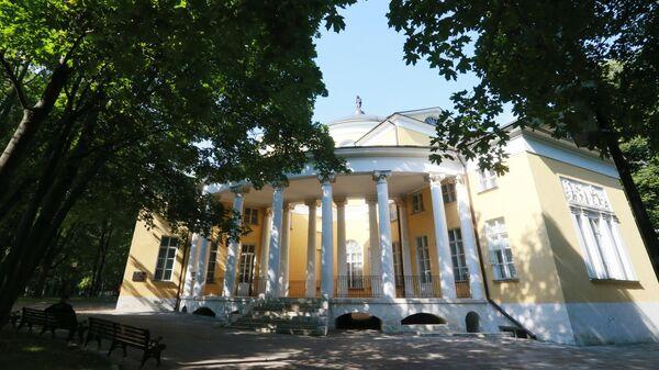 Дом-дворец Н.А.Дурасова в музее-усадьбе Люблино в Москве
