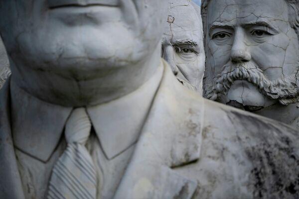 Бюсты бывших президентов США в Вильямсбурге