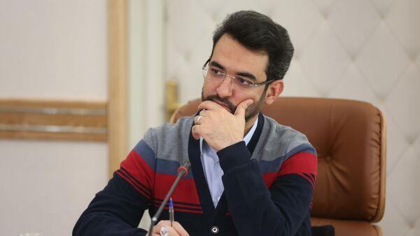 Министр информационных и коммуникационных технологий Ирана Джавад Азари Джахроми