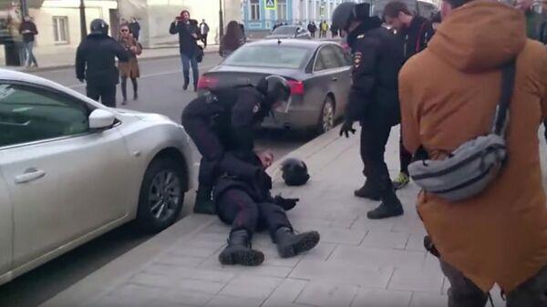 Кадр из видео Следственного комитета о массовых беспорядках в Москве