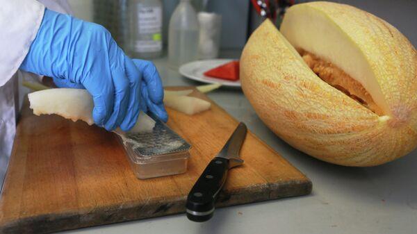 Лабораторные исследования продуктов для проекта Выбери с Роспотребнадзором в лаборатории Центра гигиены и эпидемиологии в городе Москве