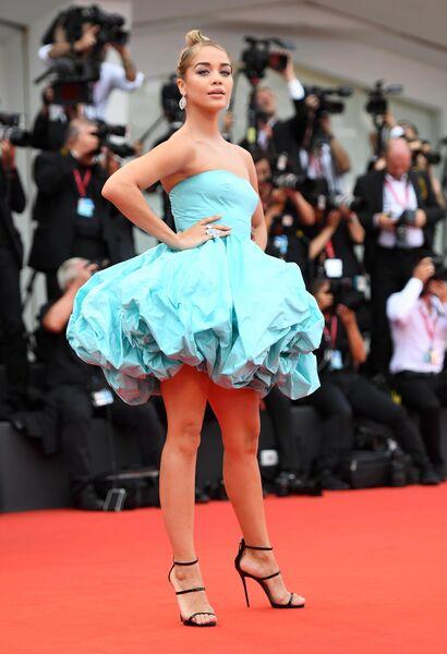 Немецкая актриса Жасмин Сандерс на красной дорожке церемонии открытия 76-го Венецианского международного кинофестиваля.