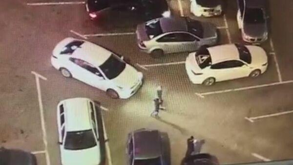 В Екатеринбурге на Красу Росгвардии напал автохам