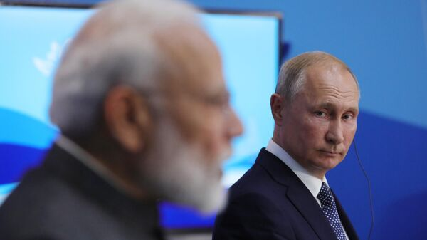 Президент РФ Владимир Путин и премьер-министр Индии Нарендра Моди. 4 сентября 2019