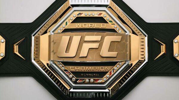 Пояс UFC, используемый с 2019 года.