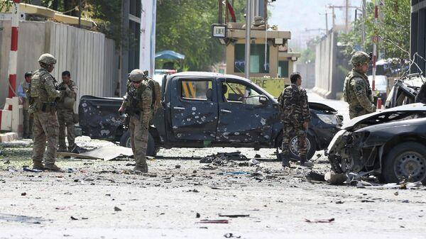 Военнослужащие миссии Решительная поддержка на месте взрыва в Кабуле, Афганистан. 5 сентября 2019