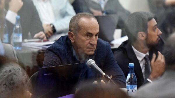 Бывший президент Армении Роберт Кочарян во время слушаний о свержении конституционного строя в Ереване