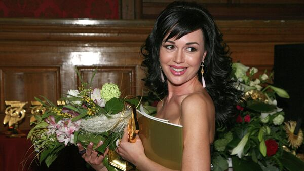 Актриса Анастасия Заворотнюк после церемонии вручения премии Золотая семерка в ЦДЛ