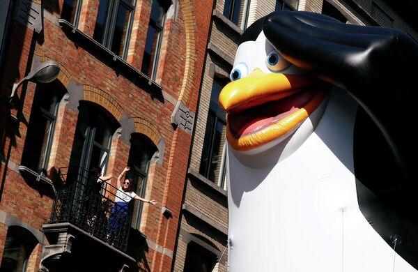 Парад в День воздушного шара в центре Брюсселя, Бельгия