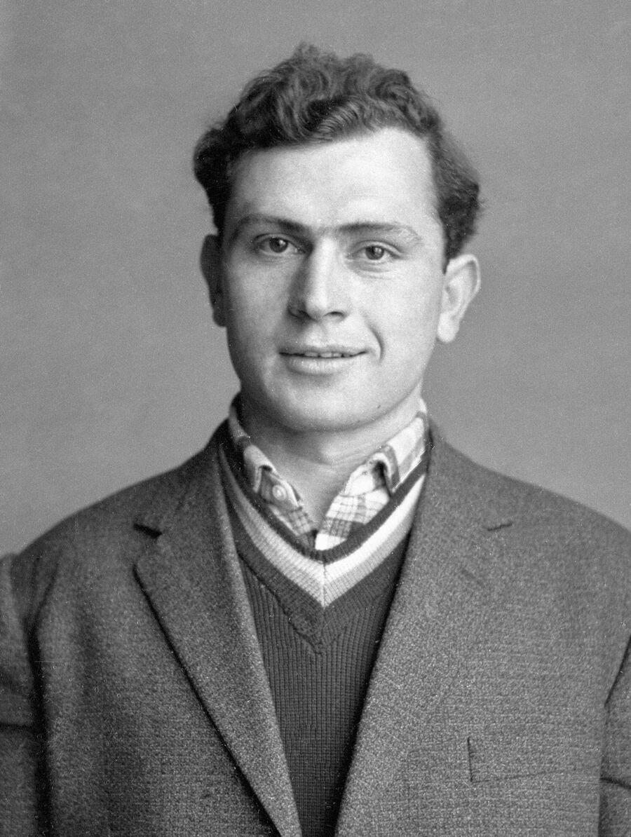Михаил Месхи