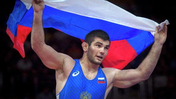 Борец вольного стиля Артур Найфонов (Россия)