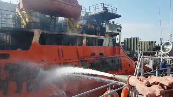 Пожар на сухогрузе Волго-Балт-205 на Волге. 27 сентября 2019
