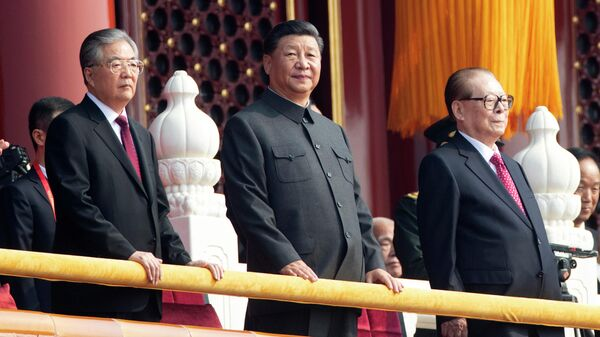 Председатель Китайской Народной Республики Си Цзиньпин на военном параде, приуроченном к 70-летию образования Китая, в Пекине