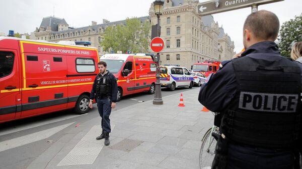 Полицейские во Франции