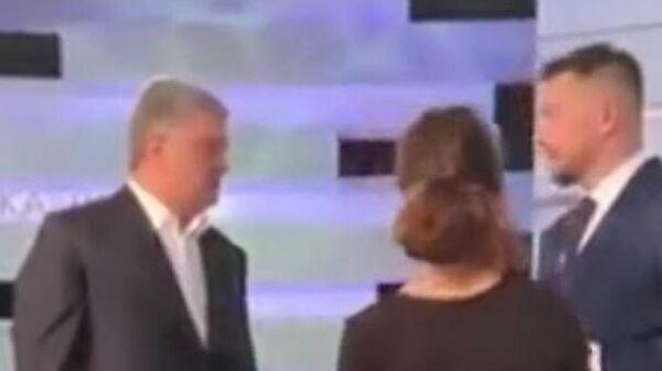 Порошенко устроил перепалку на украинском шоу из-за формулы Штайнмайера