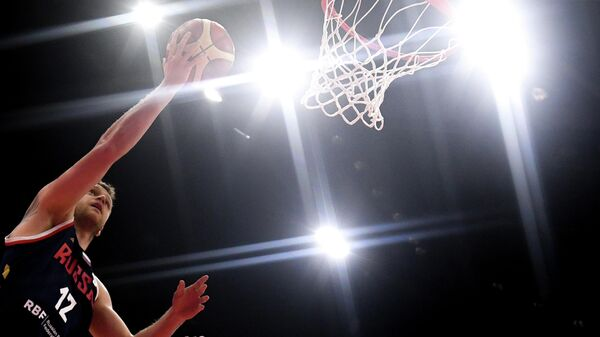 Андрей Зубков (Россия) в матче группового этапа чемпионата мира по баскетболу 2019 между сборными командами Польши и России.