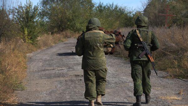 Военнослужащие ЛНР на линии соприкосновения в Луганской области