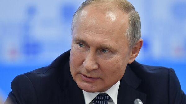 Президент РФ Владимир Путин на форуме Россия - спортивная держава в Нижнем Новгороде