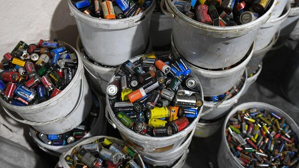 Сортировка твердых бытовых отходов