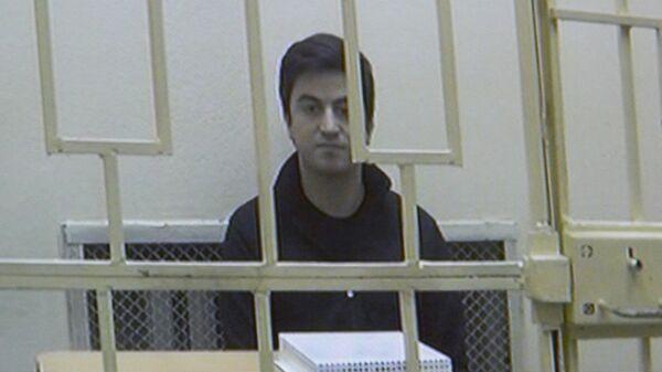 Экран видеосвязи с  заместителем гендиректора Аэрофлота Владимиром Александровым, обвиняемым в крупном мошенничестве, во время рассмотрения апелляционной жалобы на его арест. 16 октября 2019