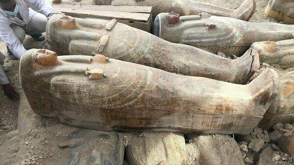 Эксперт оценила возраст саркофагов, найденных в Египте