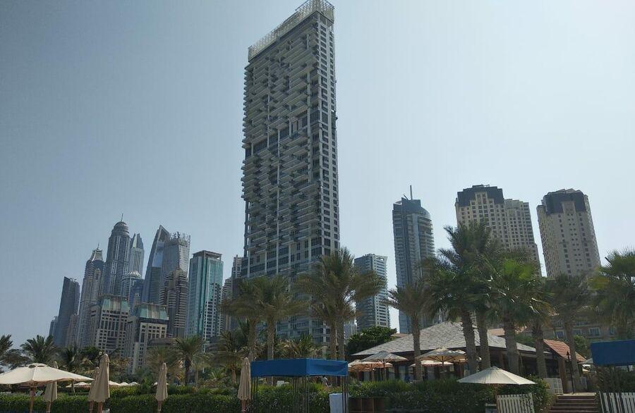 Пляж Отеля Ritz-Carlton Dubai