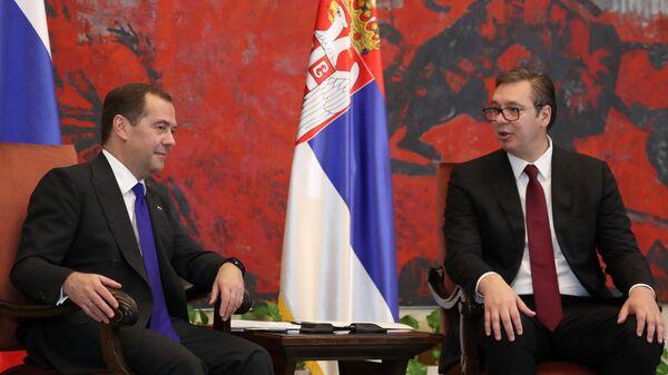 Дмитрий Медведев и президент Сербии Александр Вучич во время встречи в Белграде