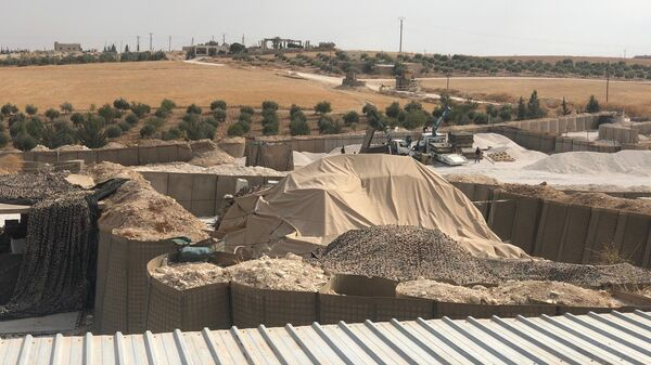 Курды забросали американских военных помидорами и камнями