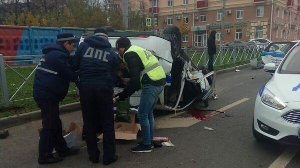 В Казани во время преследования нарушителя перевернулся автомобиль ДПС