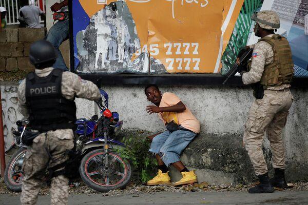 Ситуация на Гаити во время протестов с требованием отставки президент Жовенеля Моиза