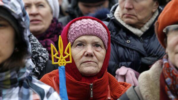 Участница Всеукраинского народного вече на Майдане Независимости в Киеве