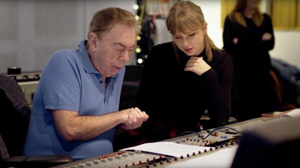 Стоп-кадр видео работы над песней английского композитор Эндрю Ллойд Уэббера и американская кантри-поп-исполнительницы Тейлор Свифт
