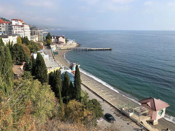 Крым. Алушта. Профессорский уголок