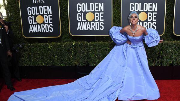 Певица Леди Гага на вручении премии Золотой глобус 2019