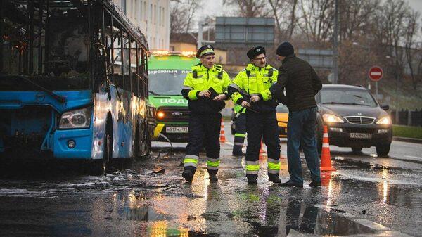 Последствия возгорания рейсового автобуса в Лефортово