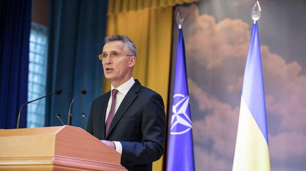 Генеральный секретарь НАТО Йенс Столтенберг во время выступления перед курсантами Морской академии в Одессе