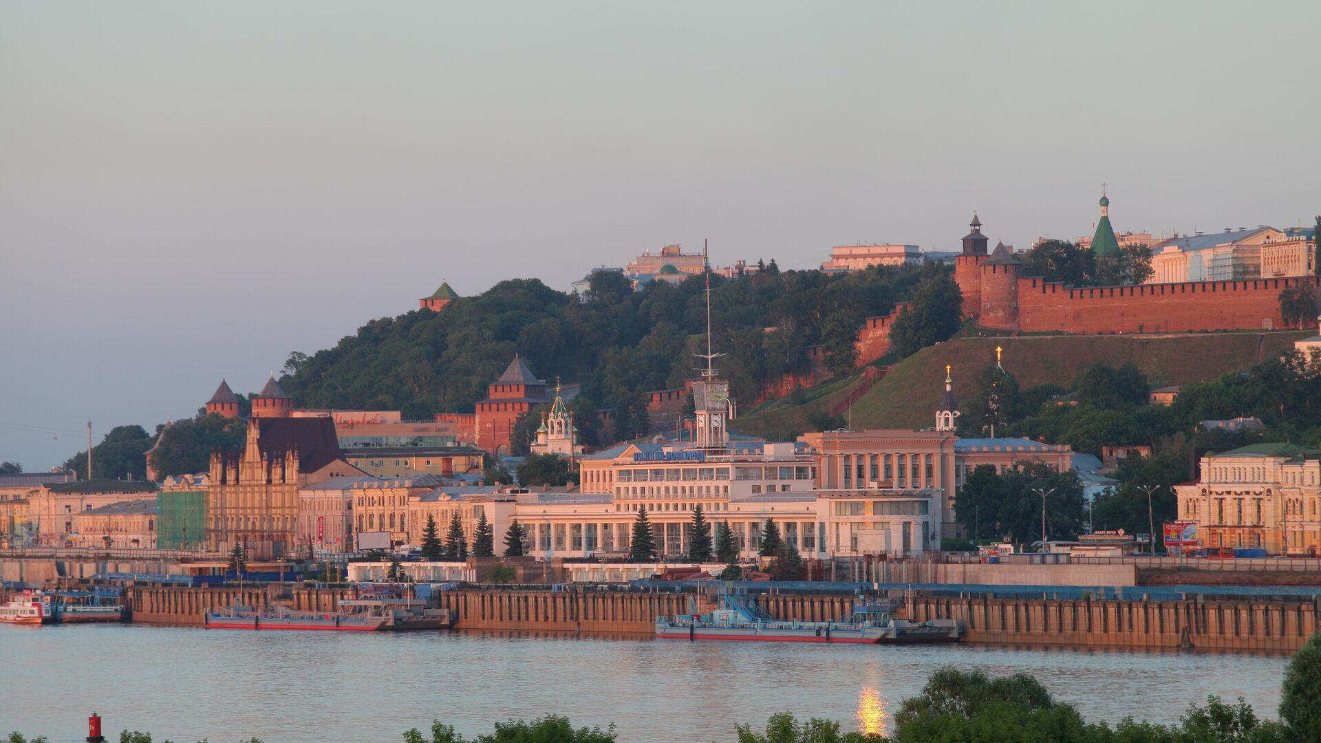 Вид на Речной вокзал и Нижегородский кремль в Нижнем Новгороде - РИА Новости, 1920, 13.07.2021
