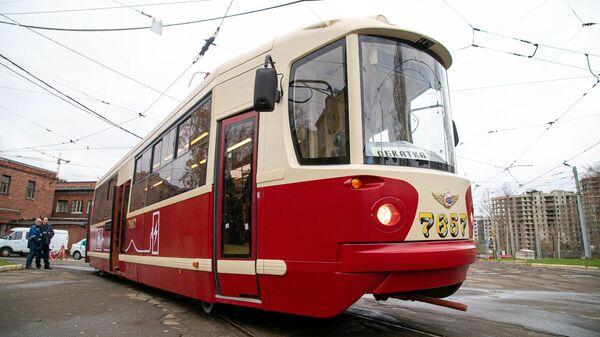Первый в России водородный трамвай проехал по Московскому проспекту Санкт-Петербурга