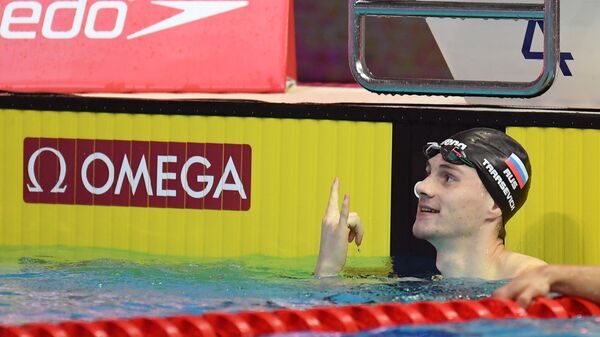 Григорий Тарасевич (Россия) в соревнованиях по плаванию на дистанции 100 м на спине среди мужчин на VI этапе Кубка мира по плаванию в Казани.