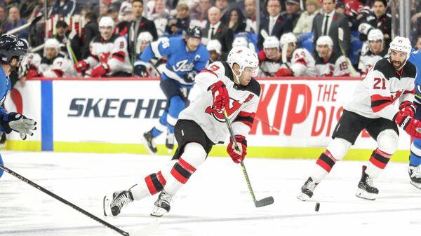Нью-Джерси Девилз - Виннипег Джетс в матче регулярного чемпионата Национальной хоккейной лиги (НХЛ)