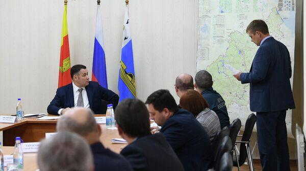 Руденя: необходимо в кратчайшие сроки восстановить размытые тверские дороги