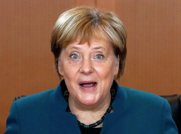 Канцлер Германии Ангела Меркель участвует в еженедельном заседании правительства Германии в Берлине