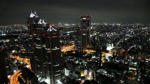 Вид на ночной Токио со смотровой площадки Токийского муниципалитета