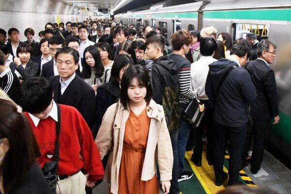 На одной из станций метро в Токио