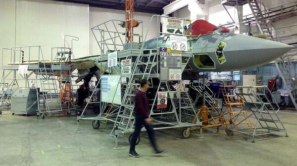 Первый серийный истребитель пятого поколения Су-57