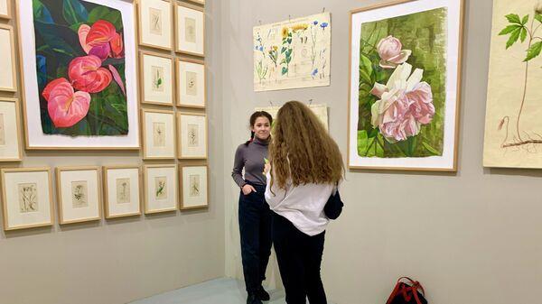 На персональной выставке Александры Вертинской Парадиз, Мультимедиа Арт Музей, 17 ноября 2019 года