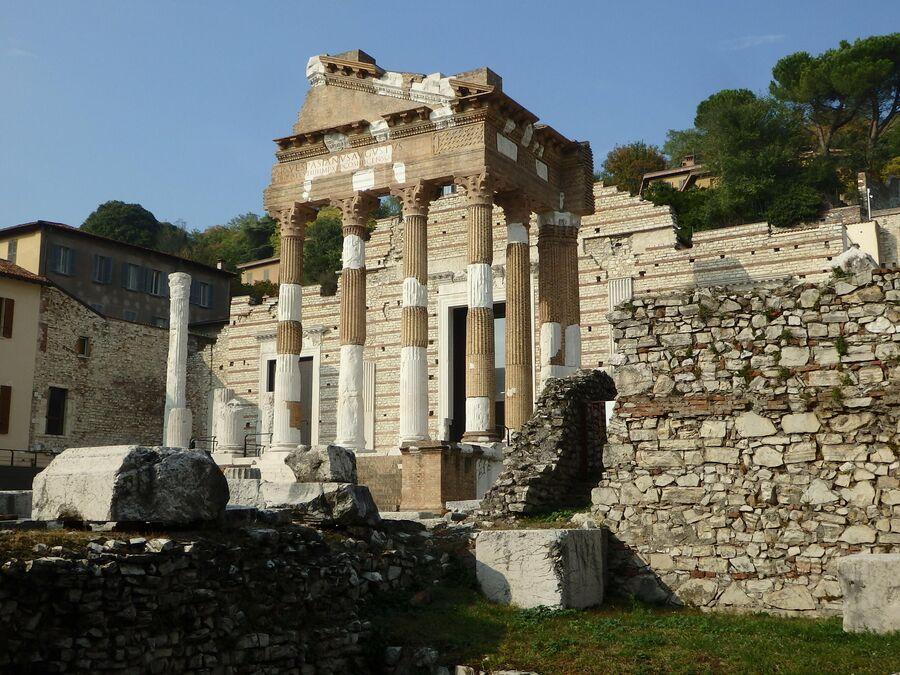 Археологическая зона, Капитолий