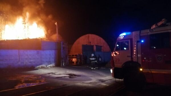 Локализация пожара в строении в Подольске